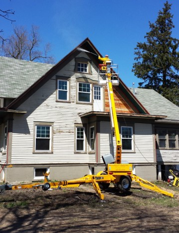 boom lift for painting and pressure washing